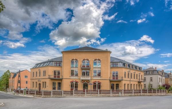 Kleinlugaer Straße 2